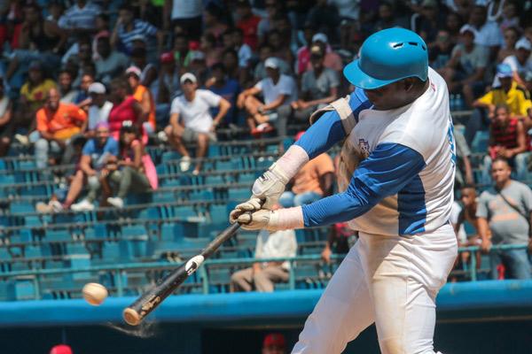 Comenzó la Liga Can-Am y tres peloteros cubanos tienen pendientes sus visas