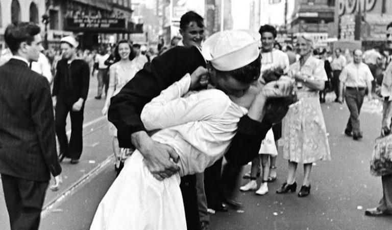 10 datos que aumentarán tus ganas de besar