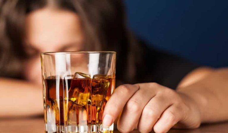 Drunkorexia: El trastorno alimenticio de moda entre los jóvenes