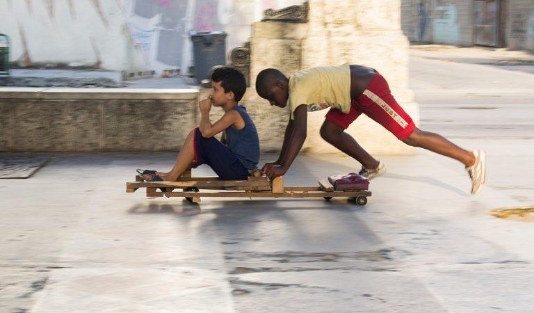 Juegos o juguetes que marcaron la infancia de los cubanos