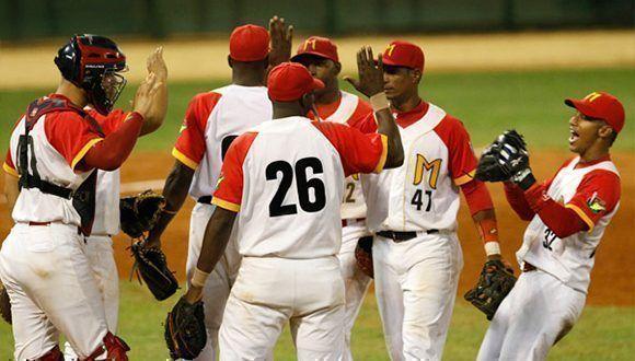 Cuatro jugadores de Industriales se mudan a Matanzas para la Serie Nacional 59