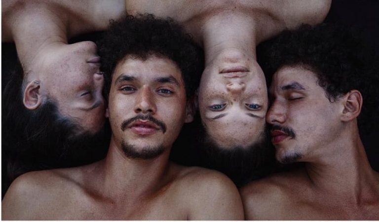 """""""Dos"""": Gemelos cubanos captados """"al desnudo"""""""