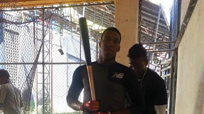 Este pelotero salió hacia Dominicana como jugador de cuadro y regresó a Cuba como posible cerrador de Camagüey