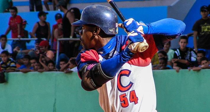 Entérate en qué liga jugó Leslie Anderson en noviembre, días antes de venir a Cuba