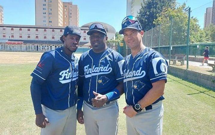 9 peloteros cubanos representan a Finlandia y Rusia en Clasificatorio Europeo de Béisbol