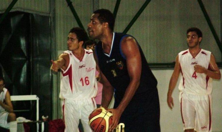 Exbasquetbolista del equipo Cuba ahora es candidato a elecciones en Italia